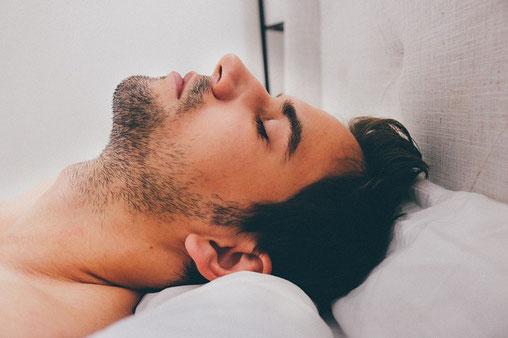 Schnarchen, Schlafen, Schlafapnoe