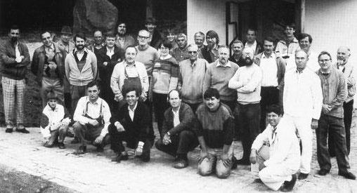 Der Freundeskreis und weitere Freunde beim Bau der Kapelle (1985/86)