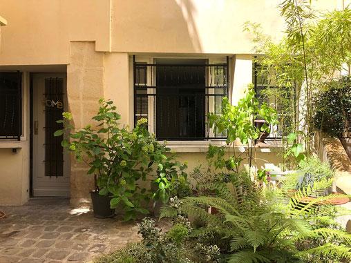 charming courtyard on rue d'Argout, 75002 Paris