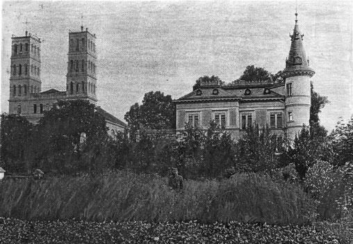 Die Villa von der Gartenseite um 1900.