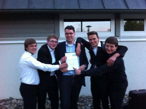 So sehen Sieger aus! Das Tubaquartett gewinnt den Ernst-Hutter-Preis 2014 (v.l.n.r. Moritz Schröder, Fabian Fischer, Klaus Wachter, Patrick Lang, Markus Rist)