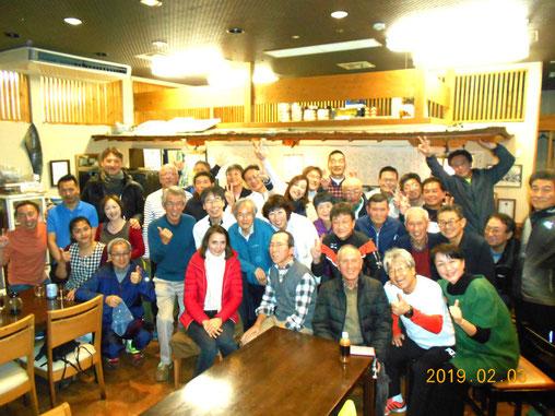 飛び入り参加の方も交えてワールドワイドな新年会となりました!