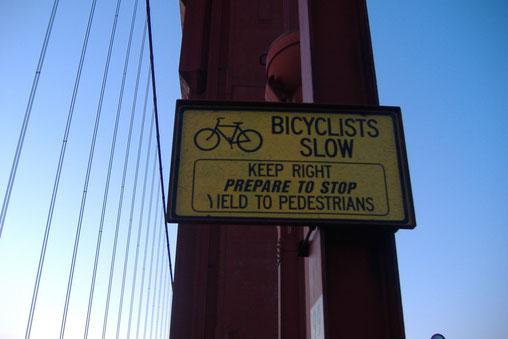 Bild: Golden Gate Bridge Bicyclists Slow