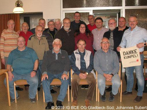 Gruppenbild vom Adventsskatturnier der IGBCE Ortsgruppe Gladbeck-Süd