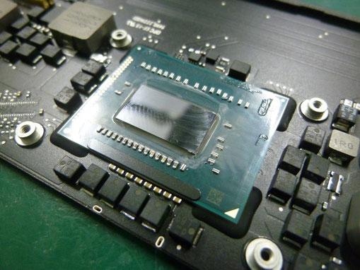MacBook Air(11-inchi,mid 2012) CPU Intel Core i5(1.7GHz)