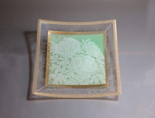角皿「牡丹」 285x285xH50mm