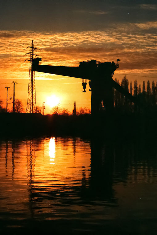 1998, GHH Kran am Rhein Herne Kanal, Fujichrome KB Film, 21DIN/100ISO
