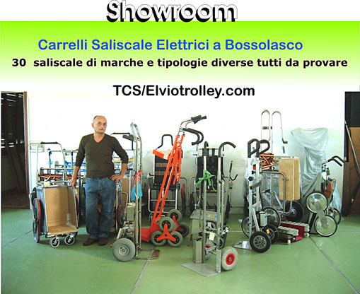 Foto dei modelli di carrello saliscale nello show room TCS ad inizio 2015
