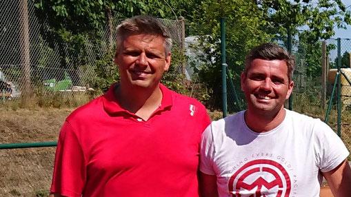 Frank Bobzien (TV Satrup) und Jann Iven Jensen vom Rödemisser SV