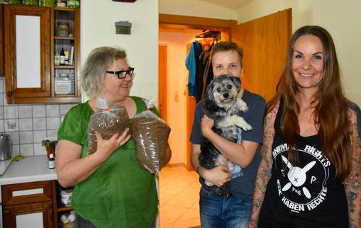 Stunde des Herzens - Altersarmut Vorarlberg Sandy P.Peng Spendenaktion