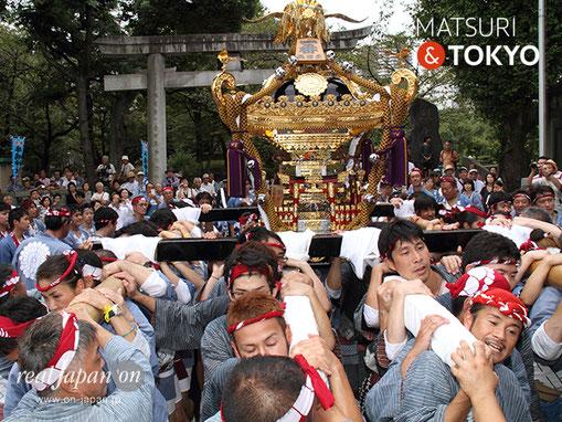 牛嶋神社大祭, 2012年(平成24年) 9月, 両国一丁目町会, 大神輿渡御