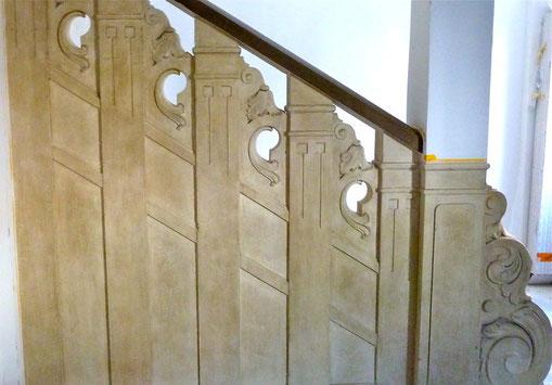 Treppengeländer in Sandsteinoptik