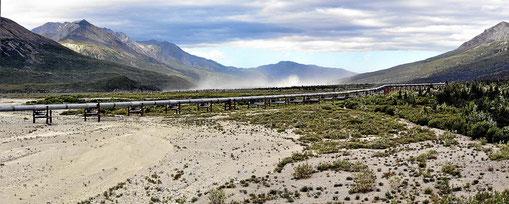 Ein Stück der Alaska Pipeline.