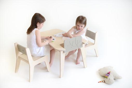 KUKUU Kindermöbel Tisch- und Stuhlset