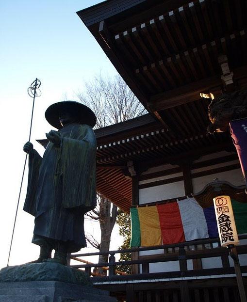 1月6日(2014) 金蔵院と法師像(小金井市)