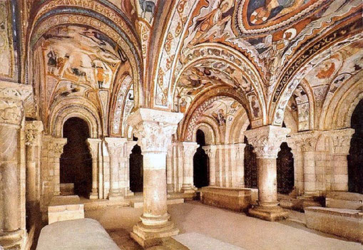 Interior de la Basílica San Isidoro de León. Fuente: desconocida.