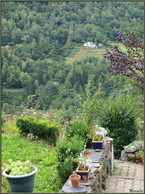 """""""Jardin suspendu"""" sur les hauteurs du village d'Aas, Vallée d'Ossau (64)"""