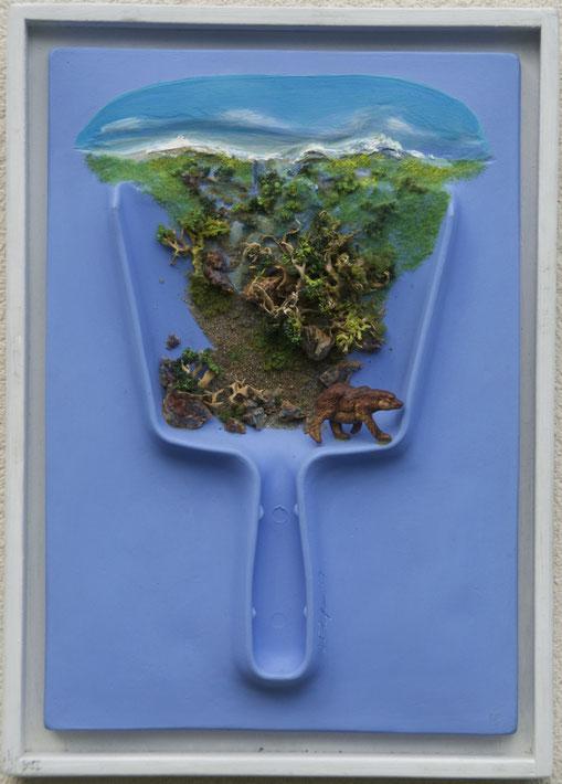 Paysage objets de ménage, Format 114x195