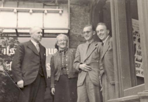 Erwin Bowien in Lobberich anlässlich der Gründung des Rheinisch-Westfälischen Schriftstellerverbandes, 1946