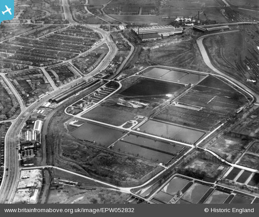 Sewage beds 1937. Image from Britain from the Air reused  as permiited. The Tyburn Road/ Kingsbury Road runs along the left of the photograph, the Chester Road runs across the top.  North is to the left of the photograph.