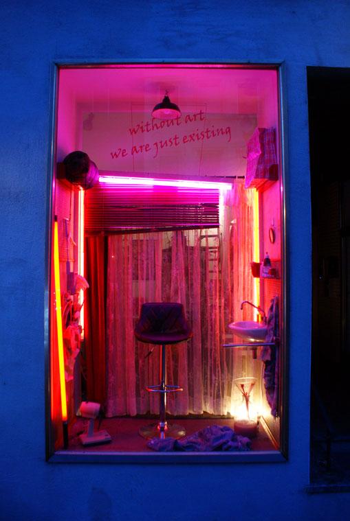 Destillate - Installation von Nicole Heidel 17. Kulturtage Ehrenbreitstein mehrdadakunst www.mehrkunstverein.de