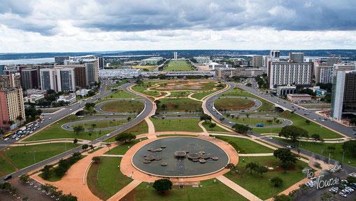 """Brasilia - Blick vom Fernsehturm in Richtung """"Cockpit"""""""