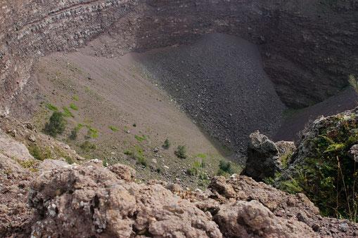 Vesuv Krater, Neapel, Kraterwanderung, Wanderung zum Vesuv