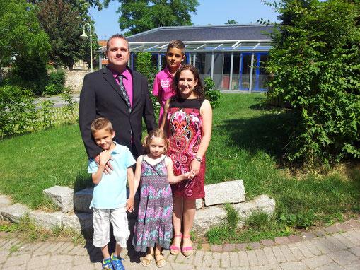 Familienfoto bei der eisernen Hochzeit der Großeltern!