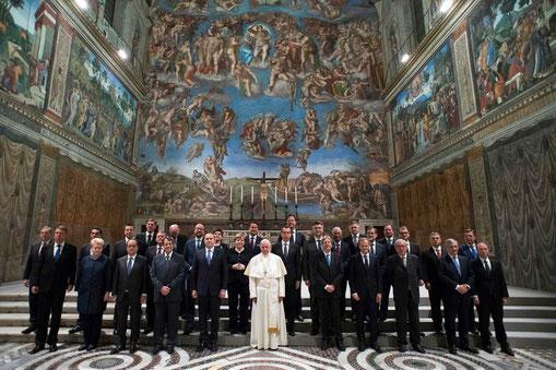 Le Pape François et les chefs d'État de l'Union Européenne le 24 mars 2017.