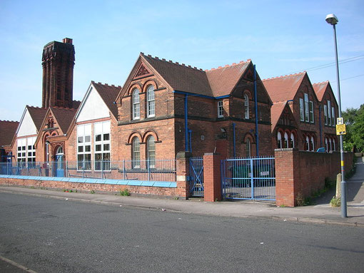 Barford School. Image by Oosoom downloaded from Wikipedia. Permission is granted by the copyright holder to copy, distribute and/or modify under the terms of the GNU Free Documentation License.