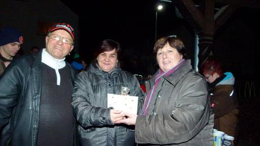Auf dem Foto von links: Rainer Stock, Simone Pfeifer und Doris Roth