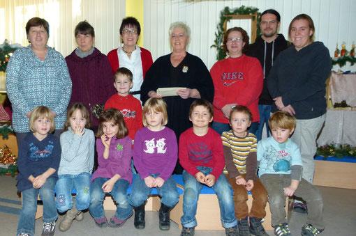 """Spendenübergabeaktion an Kindergarten u. Aktion """"LUKAS"""" - Foto: Peter Kobert"""