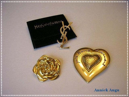 PIN'S SIGLE YSL & 2 BROCHES