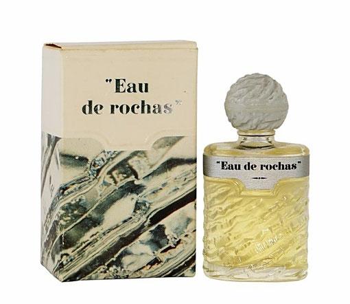 """MINIATURE RARE : """"EAU DE ROCHAS"""" AVEC BOUCHON BOULE EN PLASTIQUE GRIS, BOÎTE LARGE - CONTENANCE NON INDIQUEE SUR LA BOÎTE"""