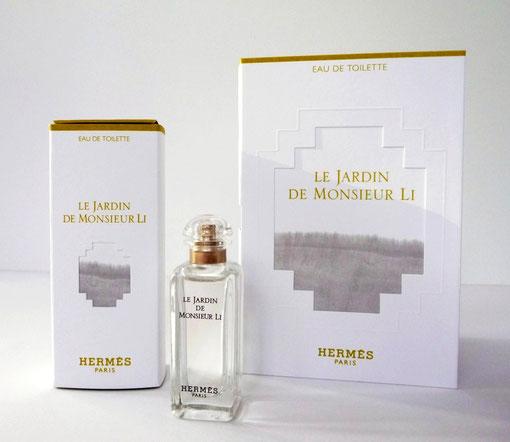 2015 - LE JARDIN DE MONSIEUR LI - PRESENTATION DANS BOÎTE DIFFERENTE