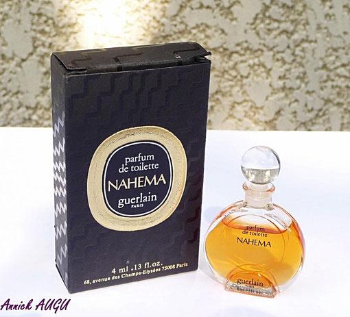 NAHEMA - PARFUM DE TOILETTE 4 ML, BOUCHON BOULE EN VERRE