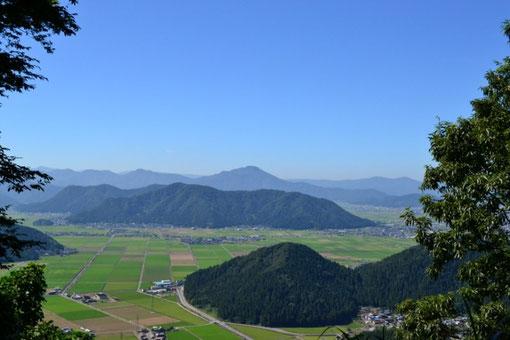 日野山も輝いています