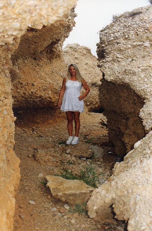 Entre cuevas. F. Pedro.