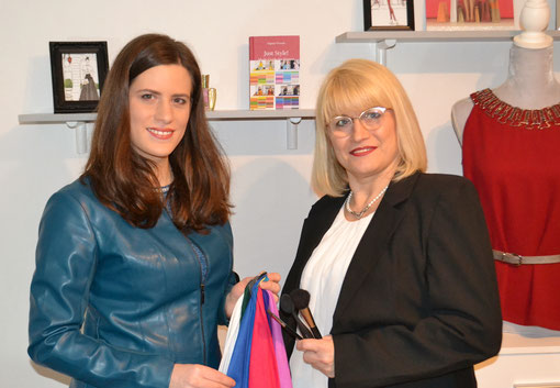 Typberaterin Jasmin Link und Visagistin Daniela Mentenich