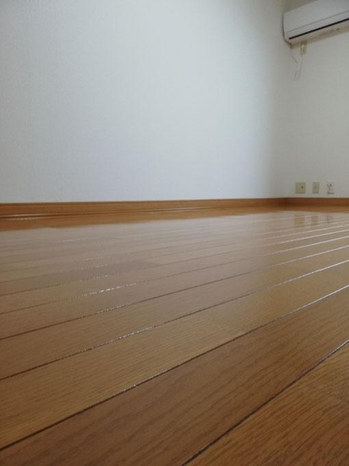 2DK賃貸アパート、床の写真。