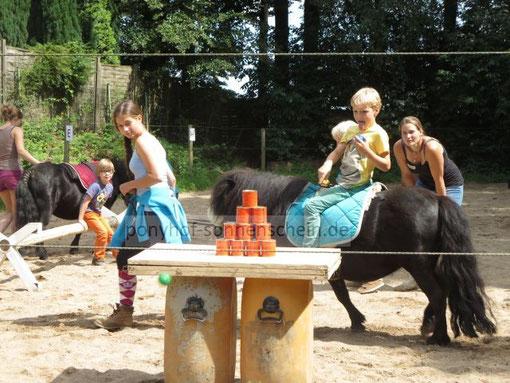 Begeisterte Kindergeburtstage feiern Kinder aus Köln, Bergisch Gladbach und Umgebung in der Natur
