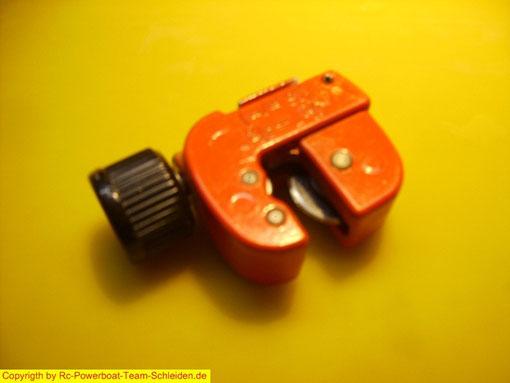 Der Mini Rohrschneider sollte nicht fehlen.