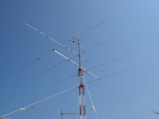 IT9AKC (nuovo traliccio e antenne)