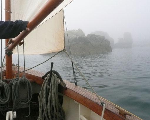 Le tour de l'île Saint-Gildas dans la brume