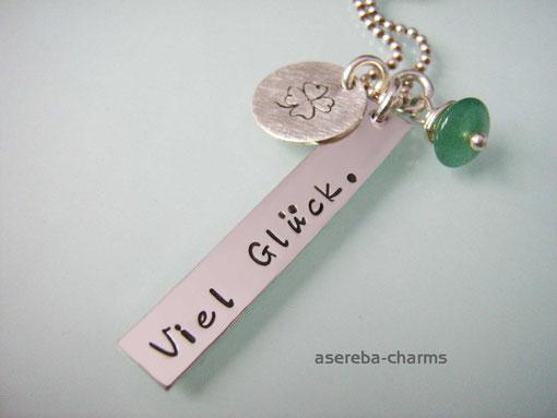 Glücksbringer-Kette mit Kleeblatt (personalisierbar auf der Rückseite z.B. mit Namen)