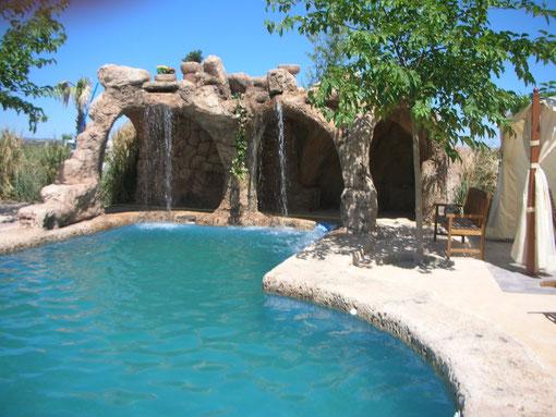 Piscinas tematizadas piscinas en valdepe as jacuzzis for Piscina 6 x 3