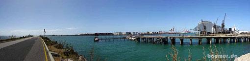 Die Hafeneinfahrt von Fremantle - oder die Mündung des Swan River