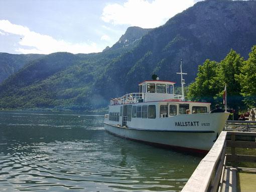 Mit dem Schiff von Obertraun nach Hallstatt