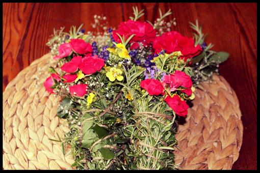 Blüten trocknen, Räucherung, Schamanismus, Kräuter, Natur