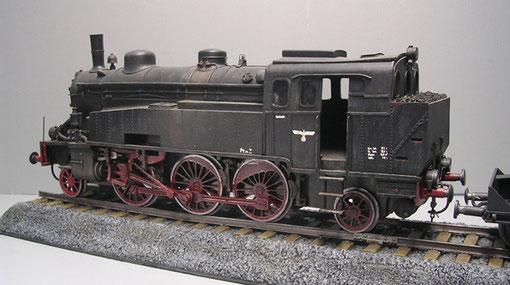 Die BR 57 von Baluard, schwergewichtig aus Resin und Metall, aber immer noch ein Schmuckstück.